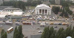 Видеонаблюдение через Интернет - видеокамера на площади Ленина